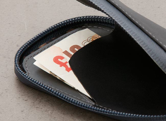 bellroy phone pocket review cash
