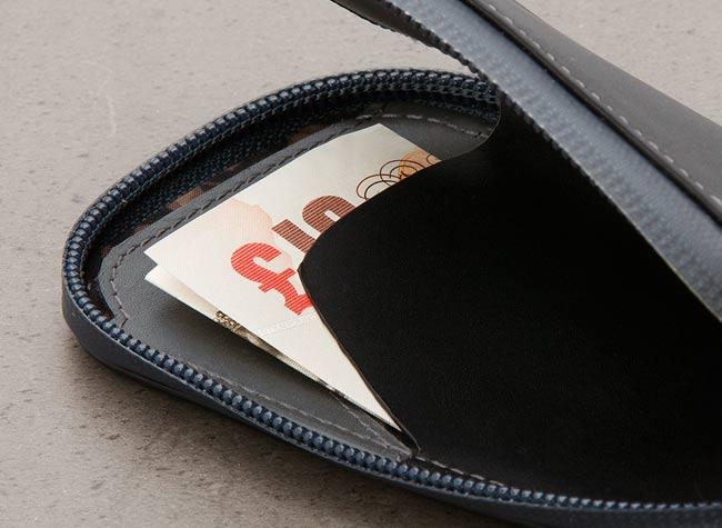 bellroy phone pocket review cash